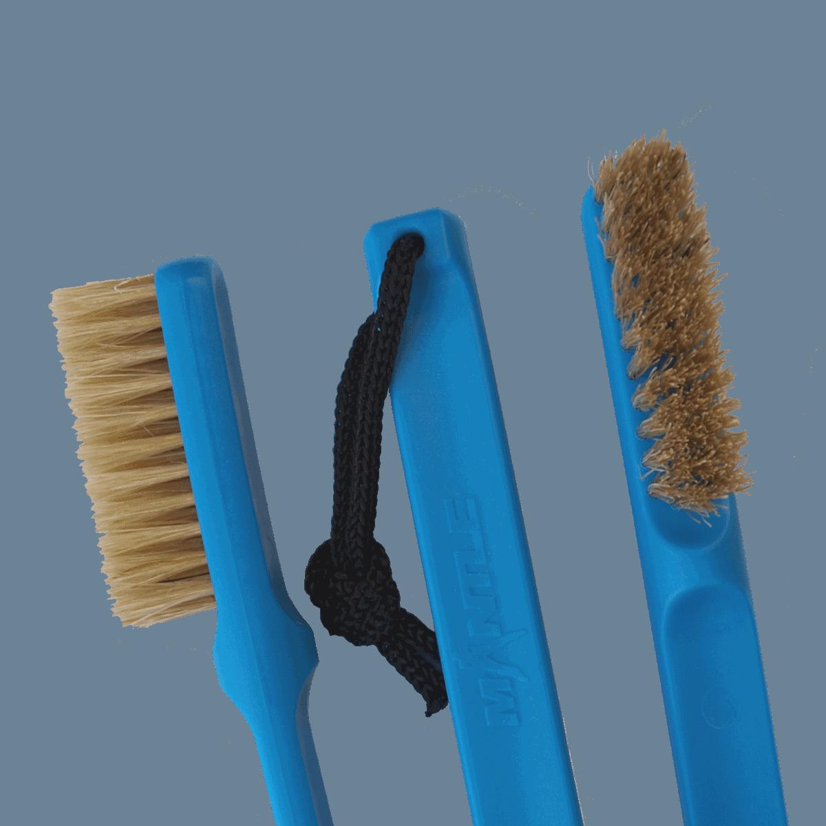Mantle Brush blau